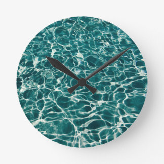 Cool Pool Waves Round Clock