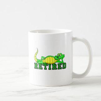 Cool retirement gator coffee mug