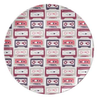 Cool retro vintage cassettes vector pattern plate