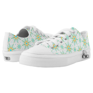 Cool turquoise orange winter snowflakes patterned Low-Top sneakers