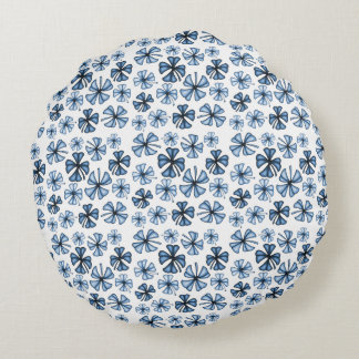 Cornflower Blue Lucky Shamrock Clover Round Pillow