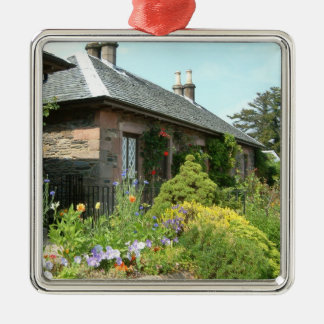Cottage anglais II avec la photographie de jardin Ornement Carré Argenté