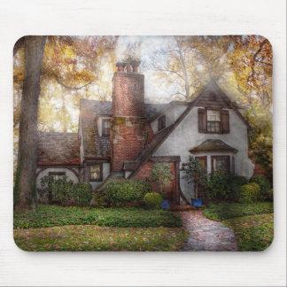 Cottage - Westfield, NJ - Grandma Ridinghoods hous Mouse Pad