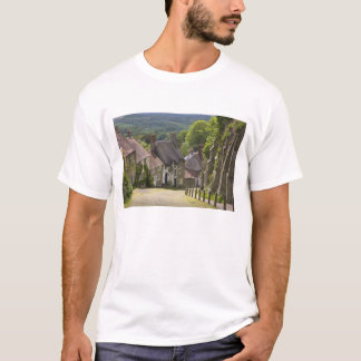 Cottages at Gold Hill, Shaftesbury, Dorset, T-Shirt