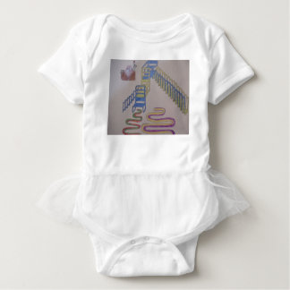 Couches with stairways and wriggling mats baby bodysuit