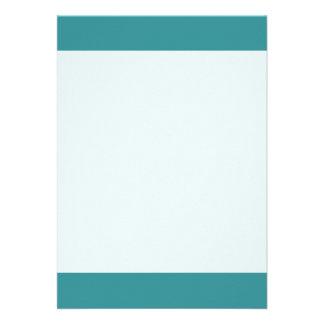 Couleur verte de calypso lumineuse simple carton d'invitation  12,7 cm x 17,78 cm