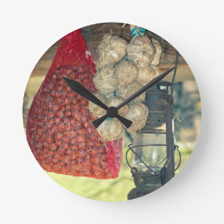 Country stuff round clock
