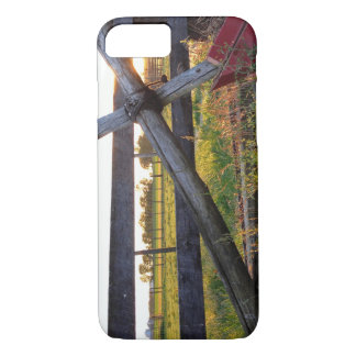 Country Wooden Cross iPhone 7 Case