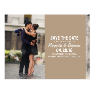 Couple romance kiss in fountain/Save The Date Postcard