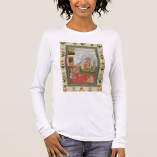 Couple with female attendants and musicians long sleeve T-Shirt