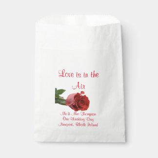 Couples in Love | Rose Petal, Treats, Favors Bags