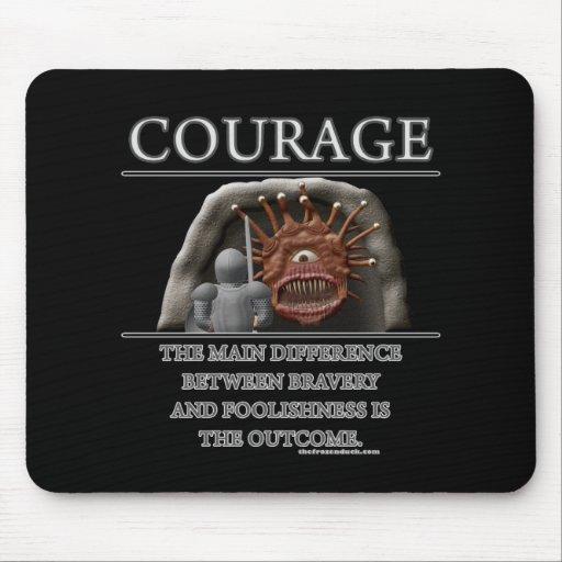 Courage Fantasy (de)Motivator Mouse Mat
