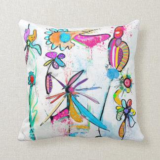 Coussin décoratif moderne, Alice's Garden II Throw Pillow