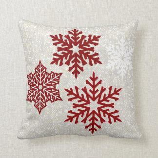 Coussin Flocons de neige rouges de scintillement de Noël