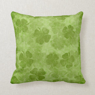 Coussin vert d'Irlandais de shamrock