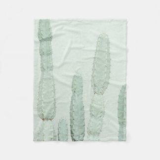 """Cover """"Mint Cactus """" Fleece Blanket"""
