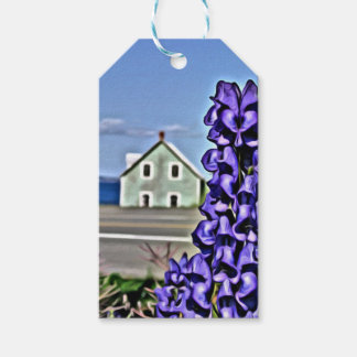 Cozy little house by the sea with a lupine flower pack of gift tags