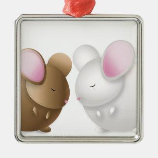 cp-chinfinal Silver-Colored square ornament