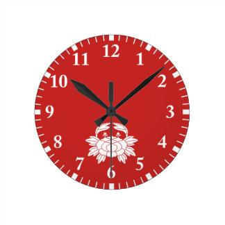 Crab peony round clock