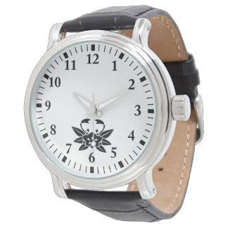Crab-shaped gentian watch