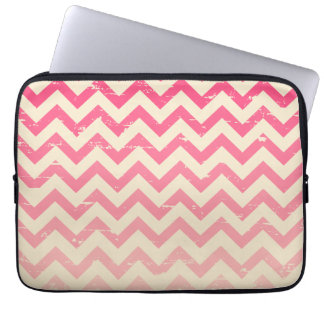 Cracked Pink Ombre Zigzag Electronics Bag