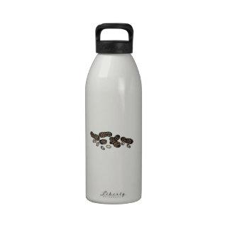Cracking Peanuts Drinking Bottle