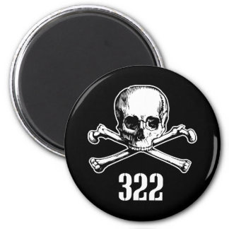 Crâne et os 322 magnet rond 8 cm