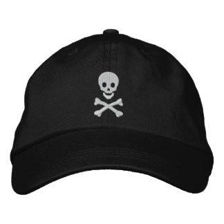 Crâne et os croisés casquettes brodées