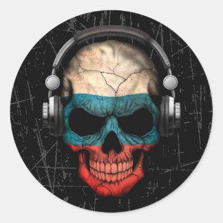 Crâne russe rayé du DJ avec des écouteurs Autocollant Rond