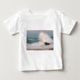 Crashing wave baby T-Shirt