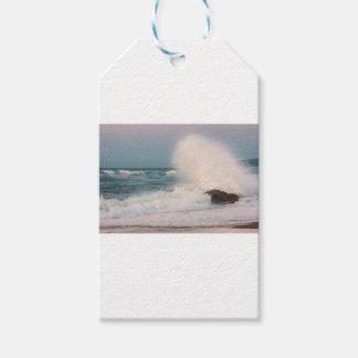 Crashing wave gift tags
