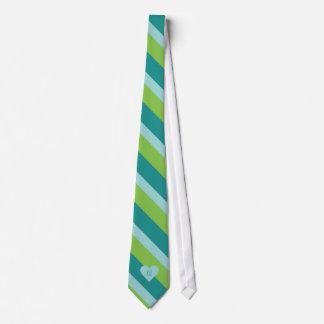 Cravate faite sur commande de monogramme de coeur