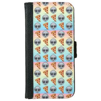 Crazy Aliens & Pizza Emoji Pattern iPhone 6 Wallet Case