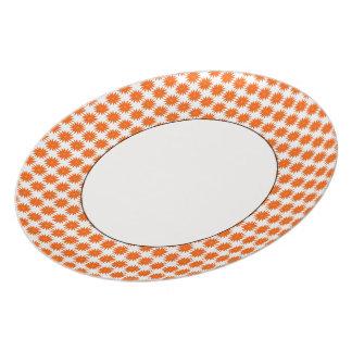 Crazy-Daisies-Orangec) Everyday_Retro Plate