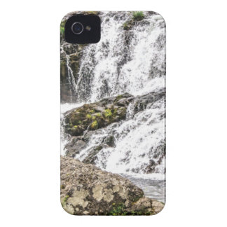 creeks pours over rocks iPhone 4 case