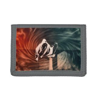 Creepy skeleton trifold wallet