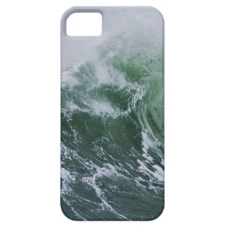 Cresting Storm Waves in the Pacific iPhone 5 Cases