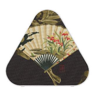 Crimped Oriental Fan with Floral Design Speaker