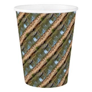 CROCODILE QUEENSLAND AUSTRALIA PAPER CUP