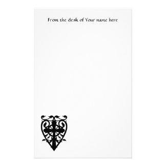 Croix celtique de cimetière gothique au coeur motifs pour papier à lettre