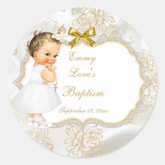 Croix vintage d'or de baptême de bébé sticker rond