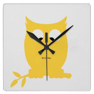 Cross Eyed OWL Wall Clock