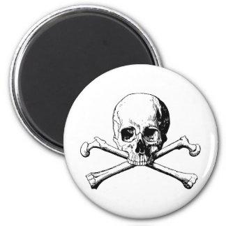 Crossbones skull magnet