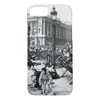 Crowds of Parisians celebrating_War image iPhone 7 Case