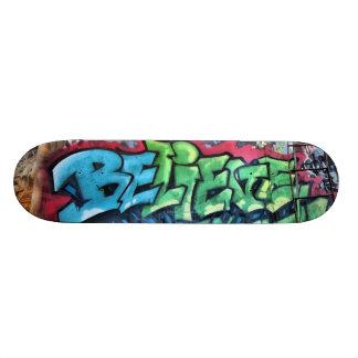 """""""Croyez"""" la planche à roulettes Skateboards Personnalisés"""