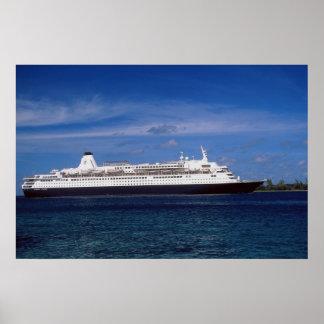 Cruise ship, Nassau, Bahamas Poster