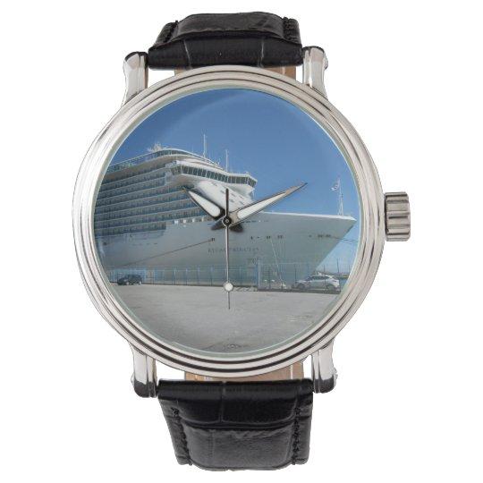 Cruise ship watch
