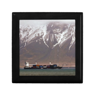 CRUISE SHIPS around SNOW MOUNTAINS America Gift Boxes