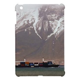 CRUISE SHIPS around SNOW MOUNTAINS America iPad Mini Case
