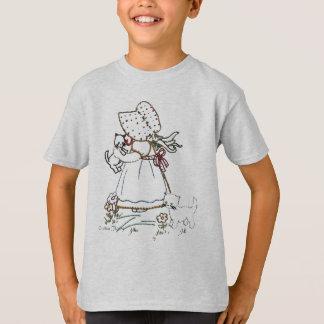 Ctholly --  child of Cthulhu & Holly Hobbie T-Shirt